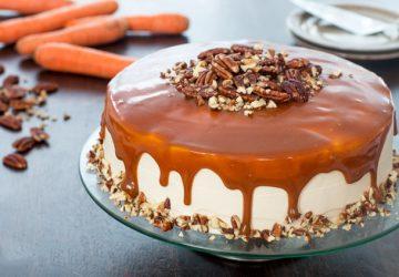 Tort cu caramel și morcovi