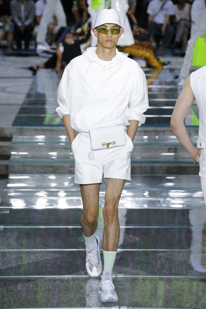 versace, Versace spring 2019 menswear collection
