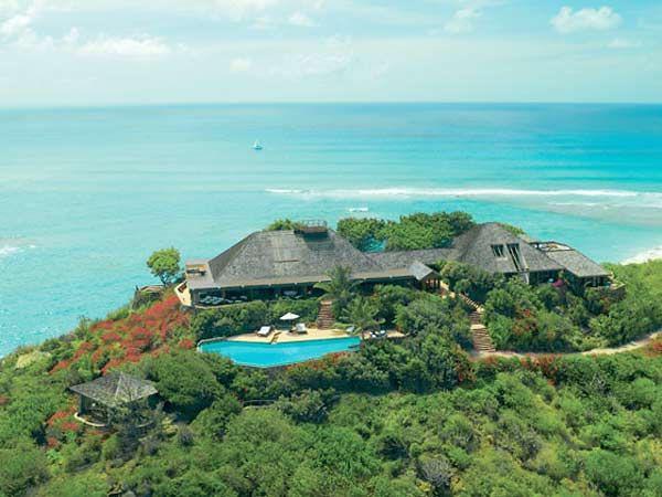 insule, DEFINIȚIA LUXULUI: Cele mai scumpe 7 insule în care poți da check-in în 2019