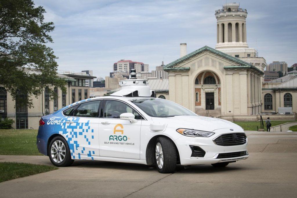 Ford, Ford lansează în 2021 serviciul de transport comercial cu vehicule automate