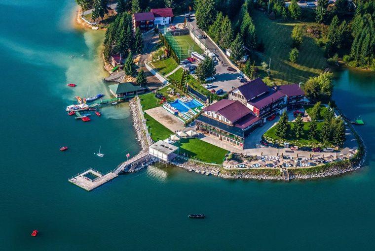 Fisherman's Colibița Resort