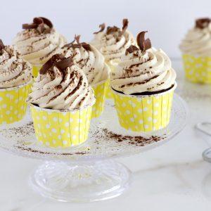 Cupcakes cu banane și cremă de cafea