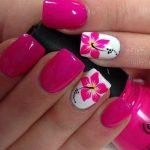 unghii cu flori